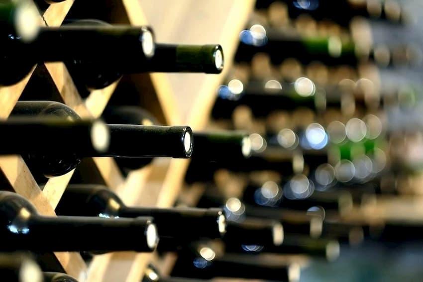 storing natural wine