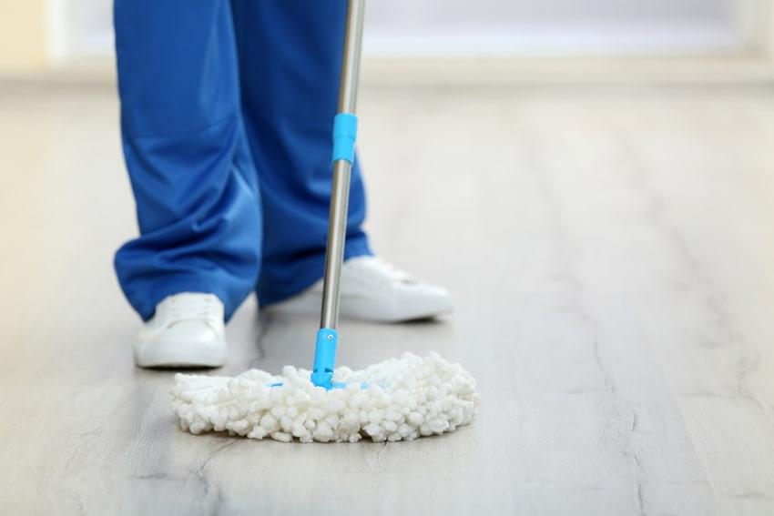 cleaning commercial vinyl floor