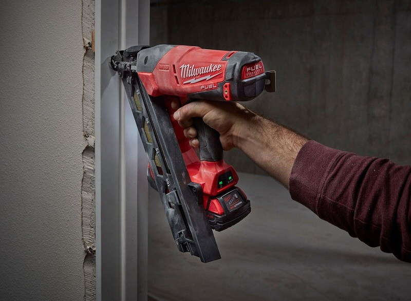 Working with battery nail gun