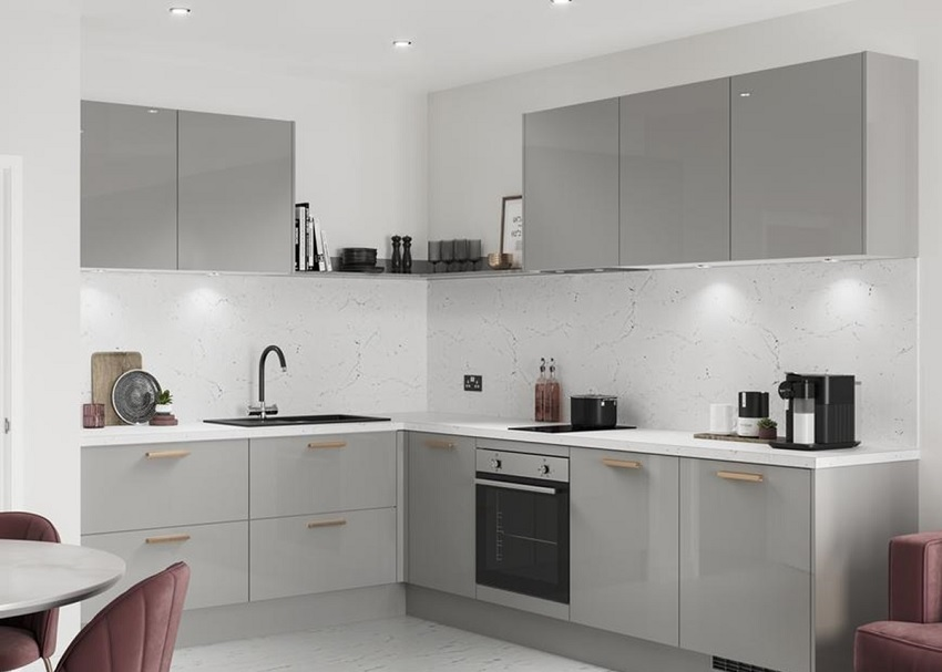 picture of a modern open kitchen with flat pack cabinets