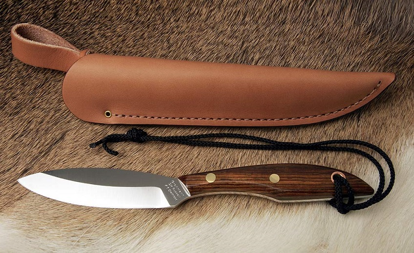 Type of hunting knife and a sheath